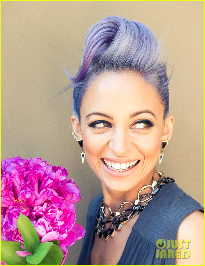nicole richie is all about color for paper magazine exclusive pic 023100832