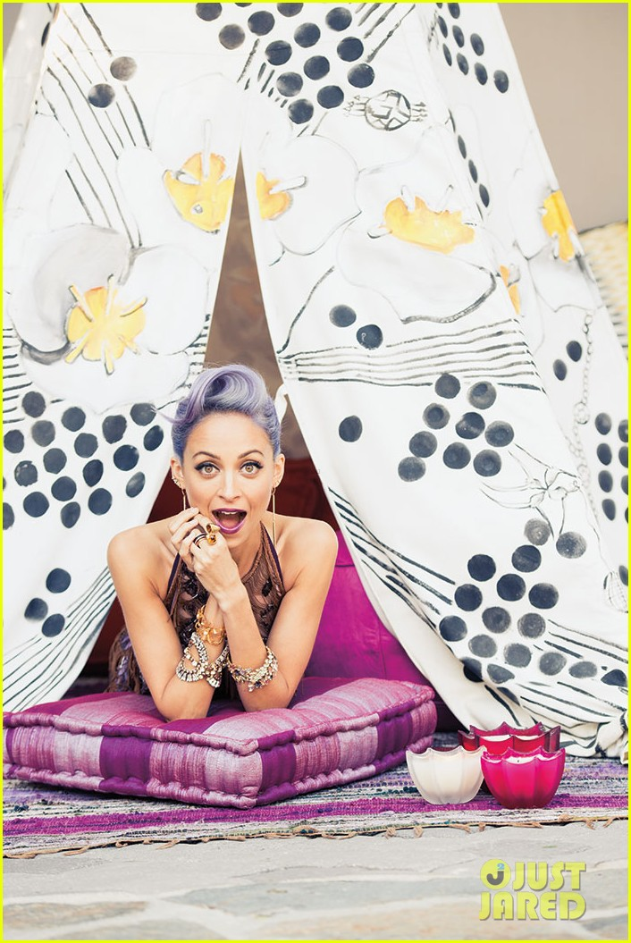 nicole richie is all about color for paper magazine exclusive pic 043100834
