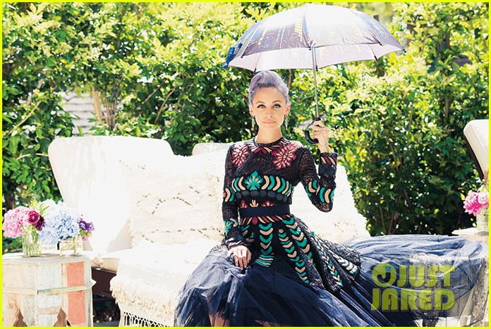 nicole richie is all about color for paper magazine exclusive pic 053100835