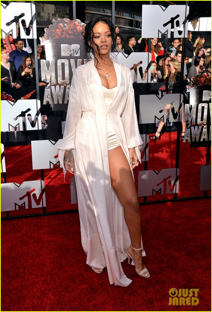 rihanna mtv movie awards 2014 10