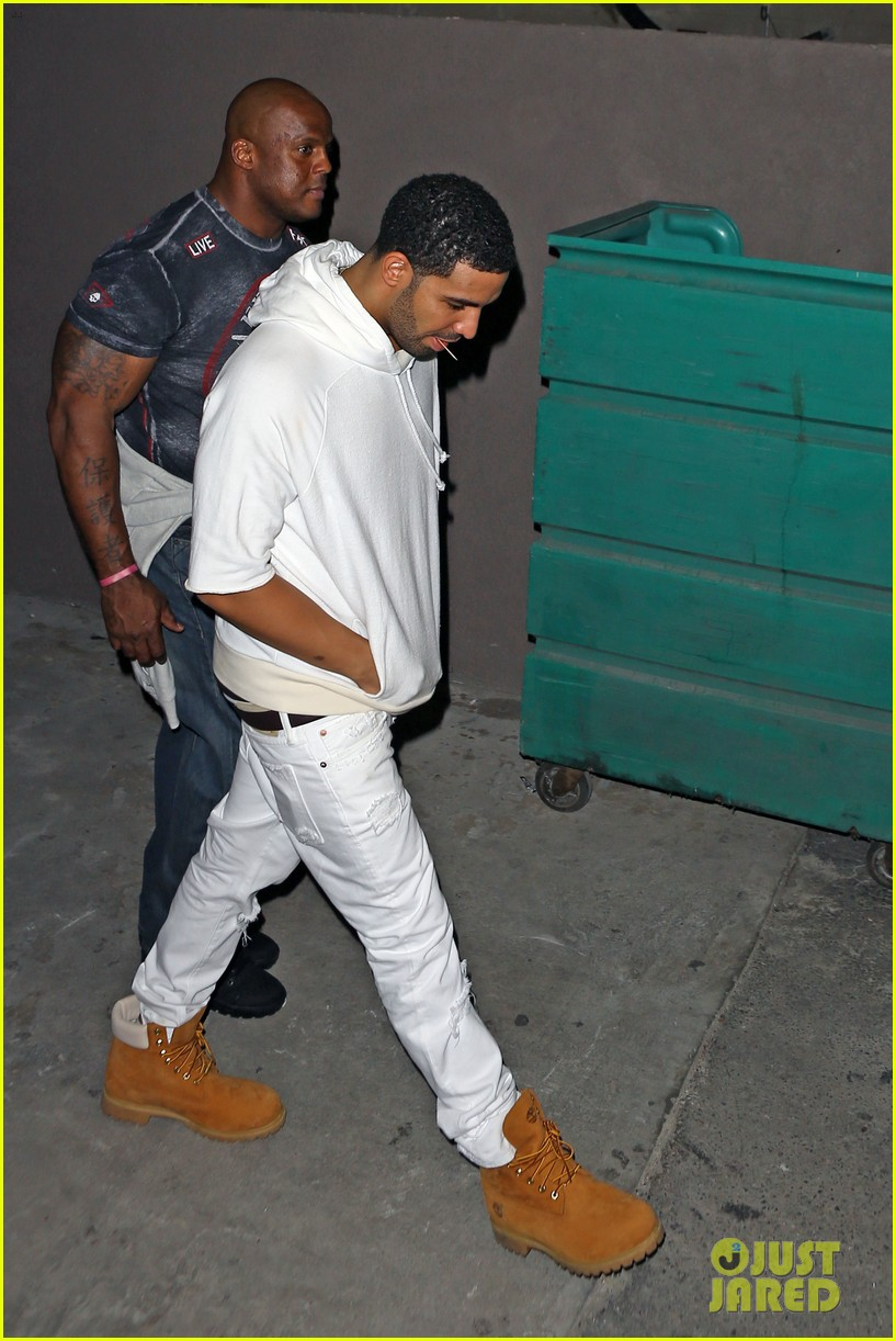 rihanna night out with drake at supperclub 123087415