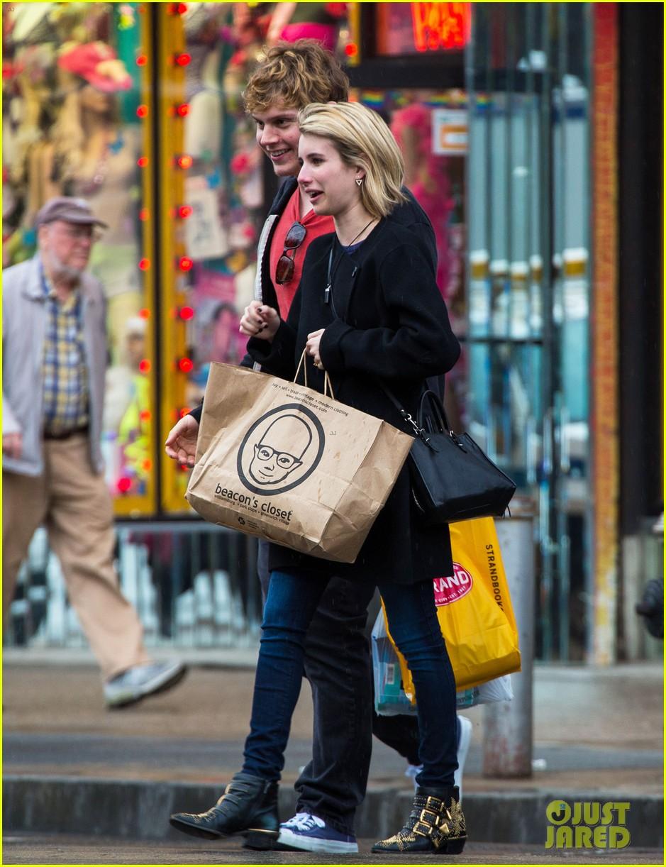 emma roberts evan peters look so in love in new york city 093098003