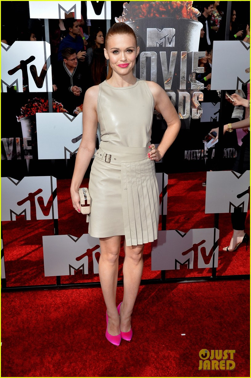 holland roden arden cho mtv movie awards 2014 073091158