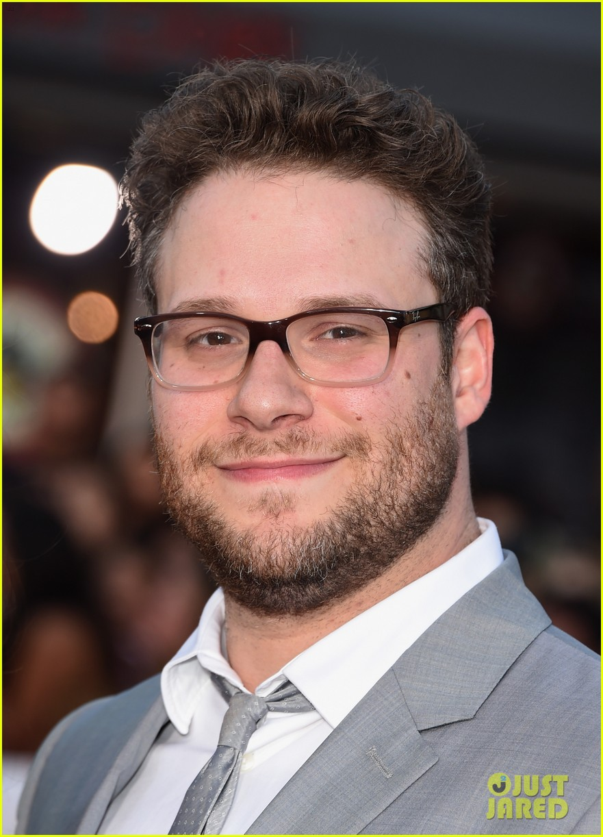 seth rogen dave franco neighbors premiere with halston sage 263101175