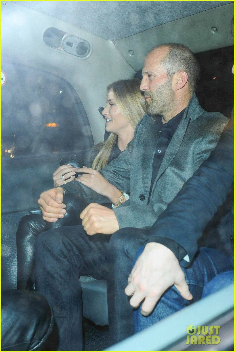 rosie huntington whiteley jason statham london backseat smooches 183100326