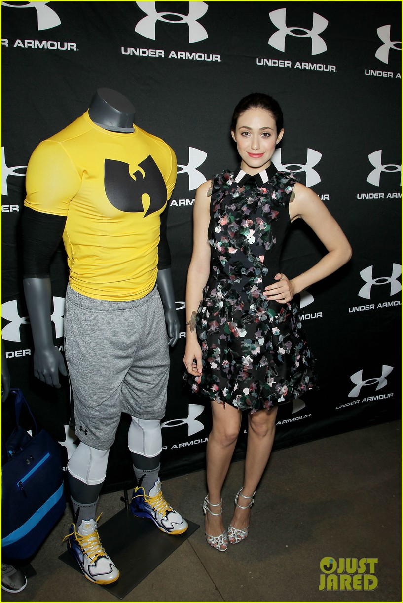 emmy rossum plays with shoes at under armour store launch 053102030