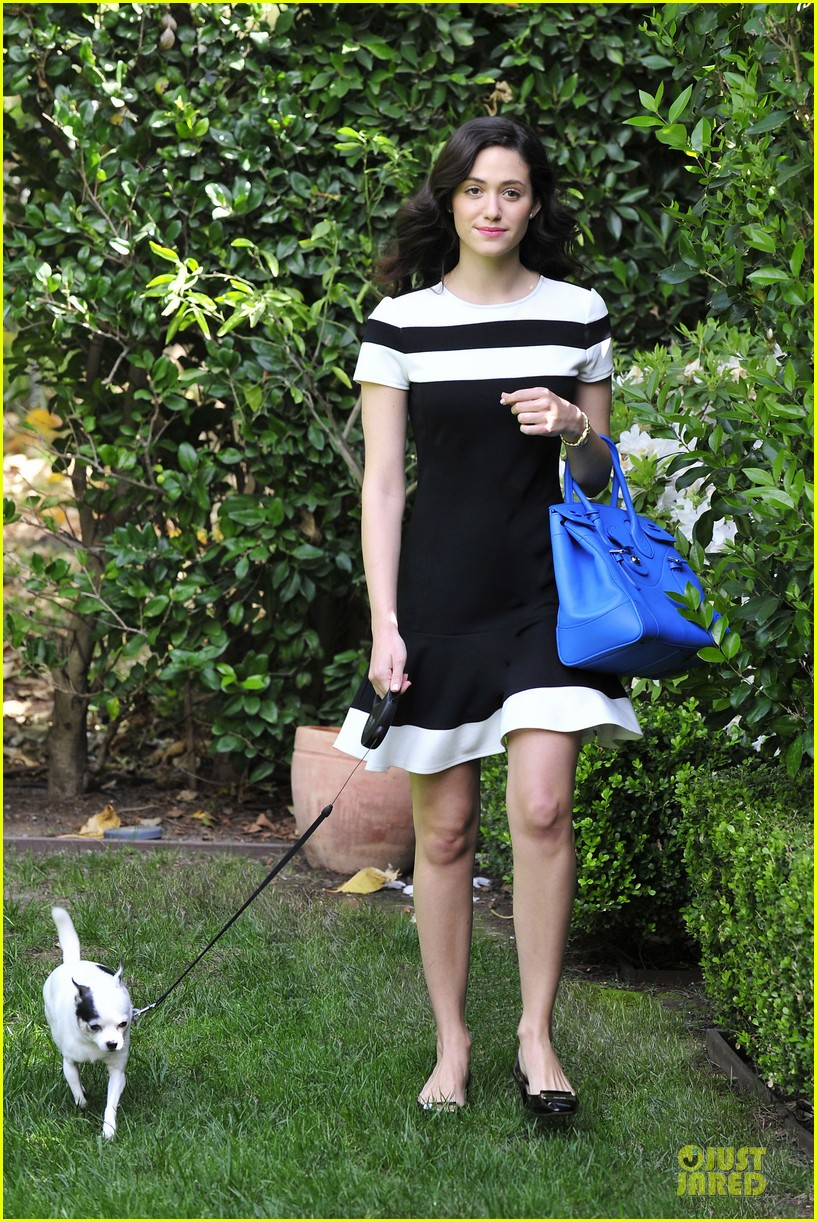 emmy rossum beautiful brainy book worm 043093718