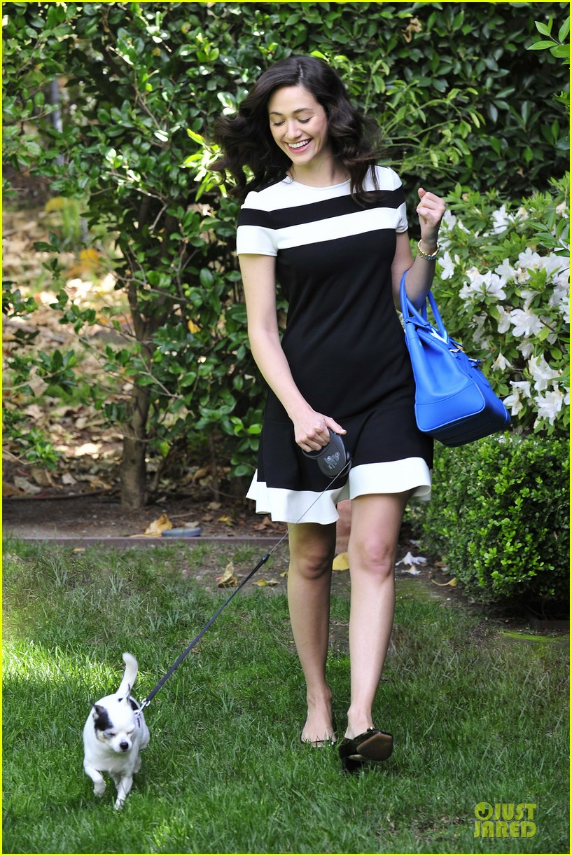 emmy rossum beautiful brainy book worm 053093719
