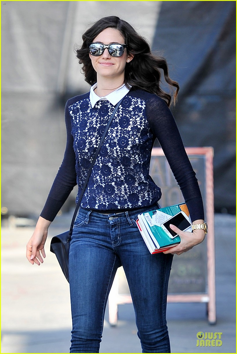 emmy rossum beautiful brainy book worm 063093720