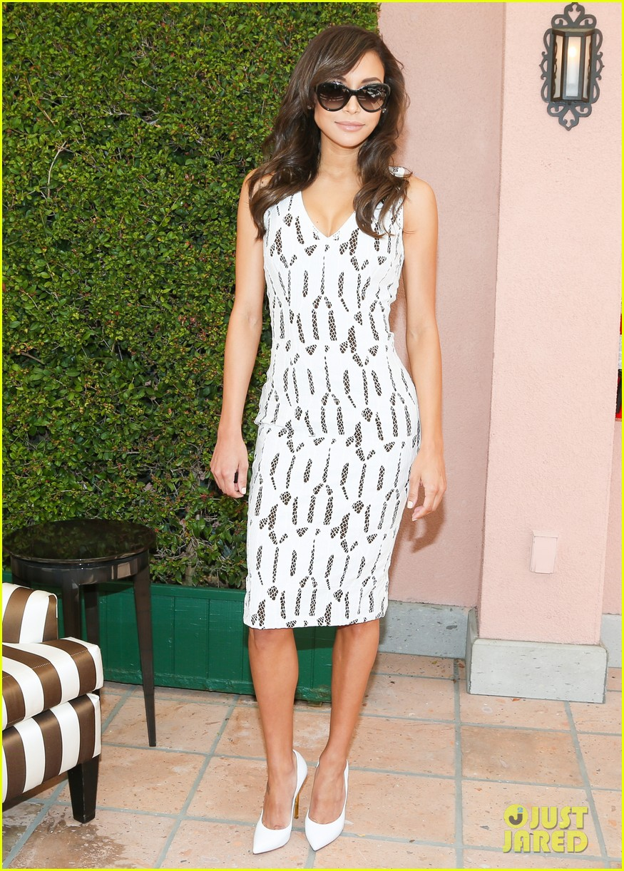 emmy rossum naya rivera carolina herrera luncheon 06