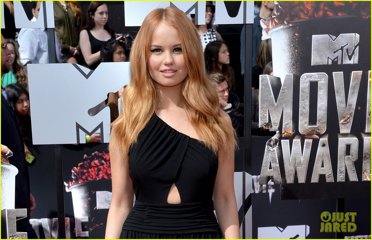 debby ryan rocks one shoulder look at mtv movie awards 2014 023091041