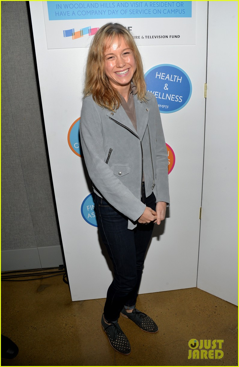 taylor schilling brie larson help tell reel stories 053085379