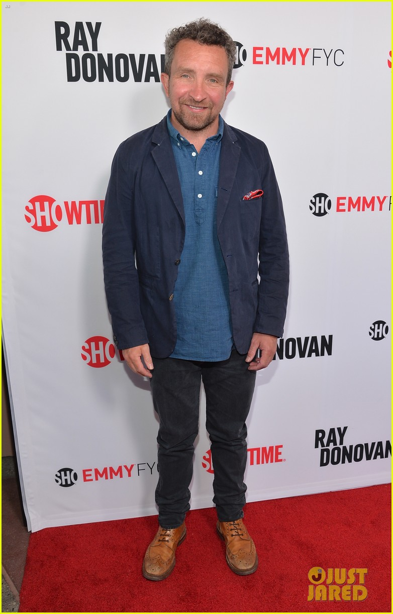 liev schreiber reunites with ray donovan cast at exclusive screening 243101511