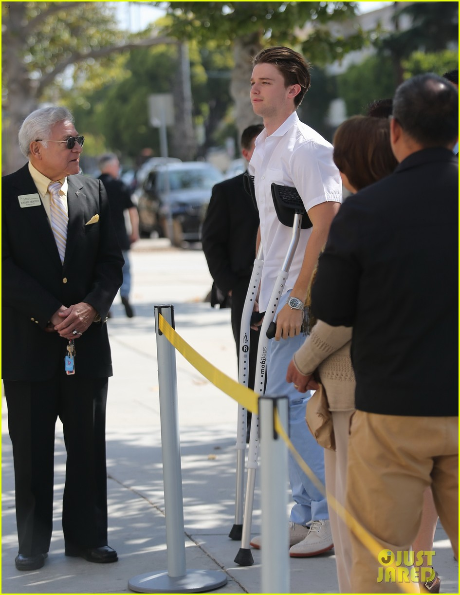 patrick schwarzenegger crutches easter sunday 083096344
