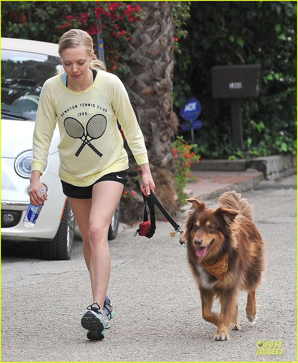 amanda seyfried working out with justin long 033089293