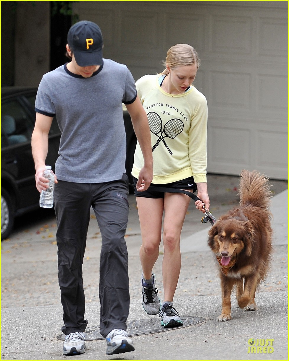 amanda seyfried working out with justin long 053089295