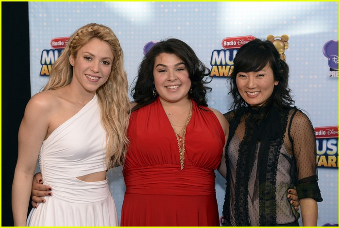 shakira radio disney music awards 2014 16