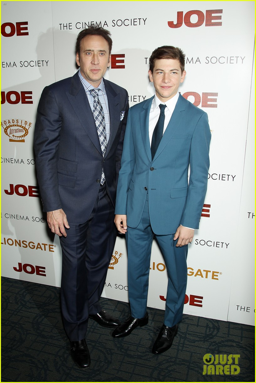 tye sheridan compares working with brad pitt 05