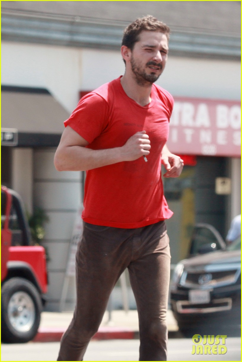 shia labeouf wears one of his favorite outfits for gym workout 043097432