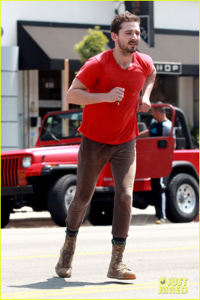 shia labeouf wears one of his favorite outfits for gym workout 083097436