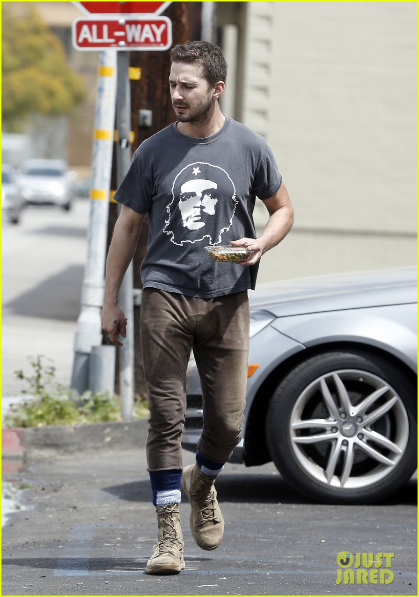 shia labeouf reportedly bought lunch for a homeless man 11