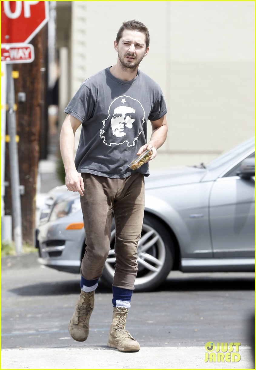shia labeouf reportedly bought lunch for a homeless man 153094461