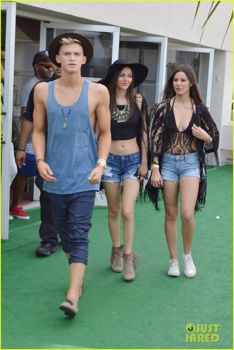 cody simpson meets up with victoria justice at coachella 07