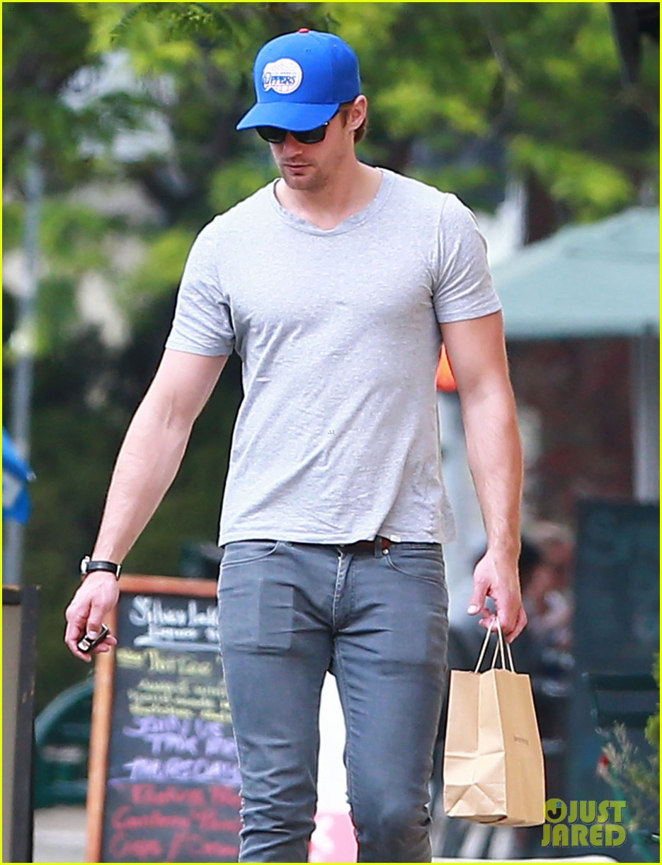 alexander skarsgard buffer than ever these days 133094157