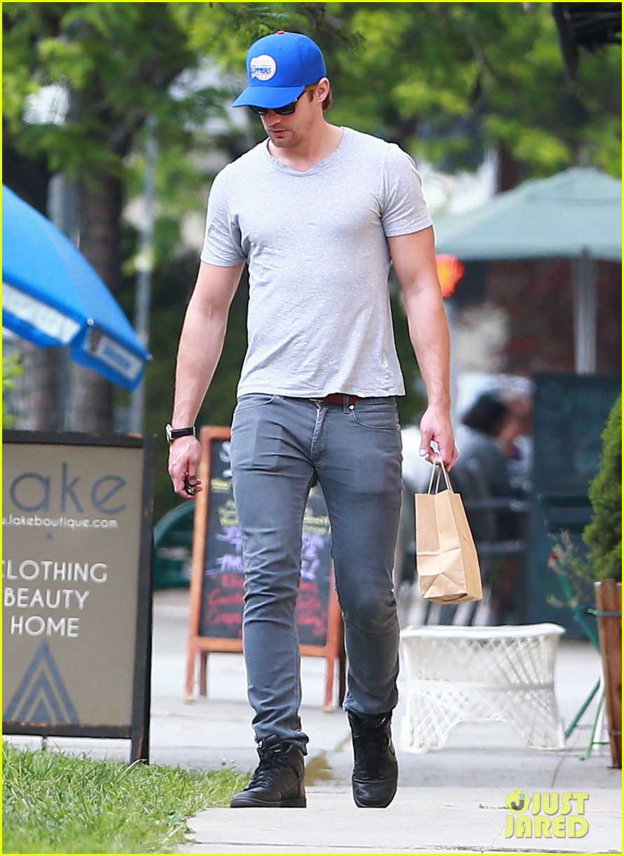 alexander skarsgard buffer than ever these days 143094158