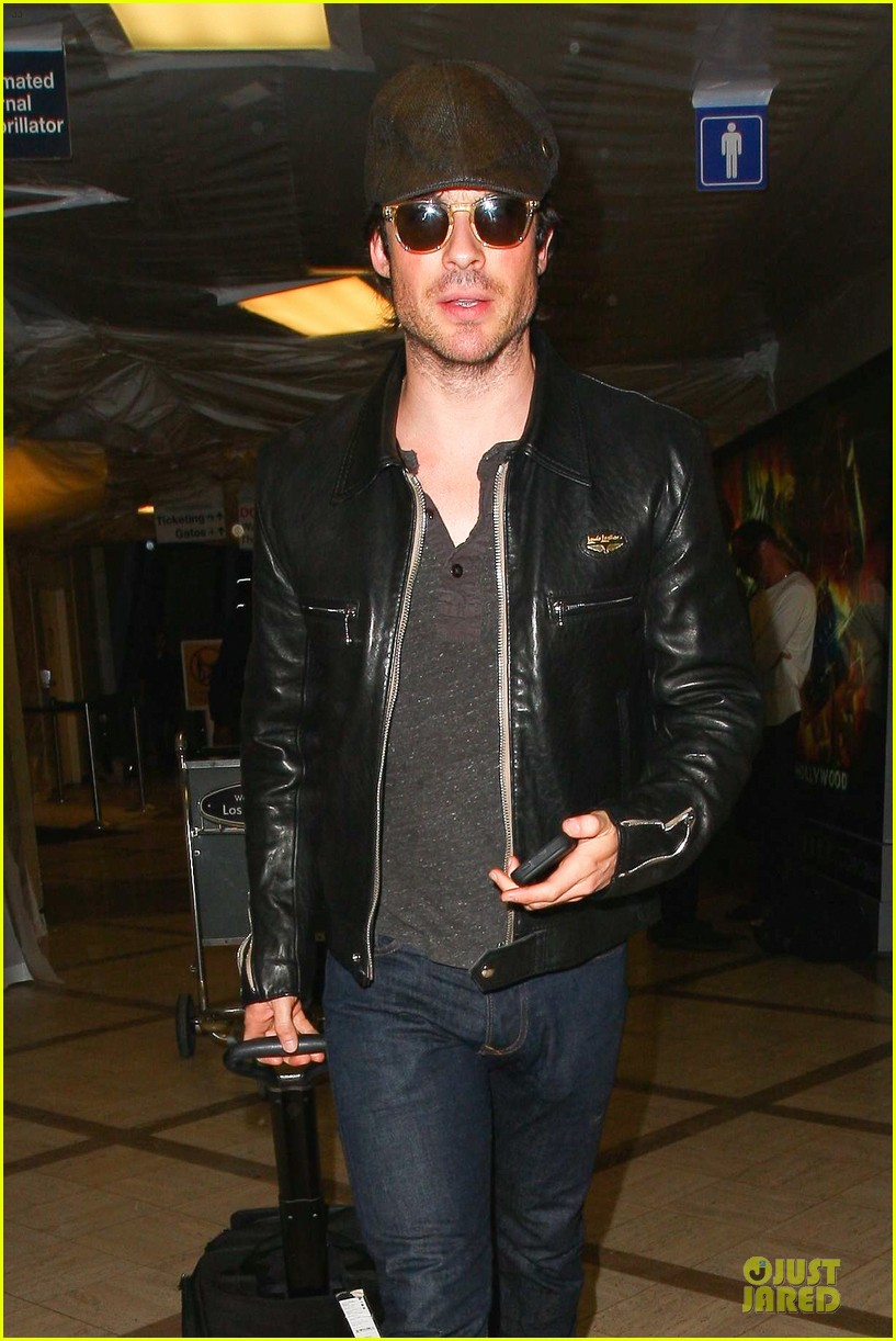 ian somerhalder smoldering hot at cap sunglasses 023093441
