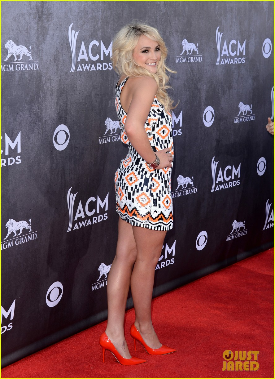 jamie lynn spears new hubby jamie watson are picture perfect at acm awards 2014 013085710