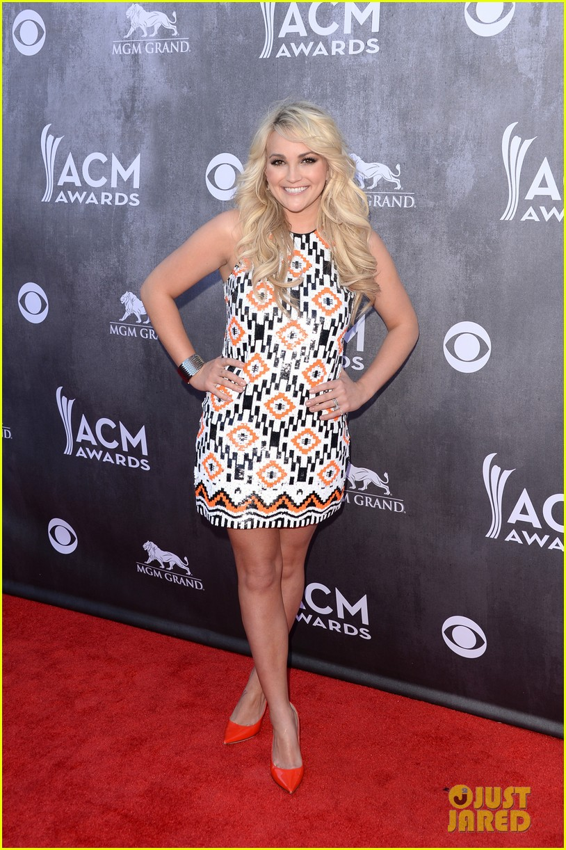 jamie lynn spears new hubby jamie watson are picture perfect at acm awards 2014 053085714