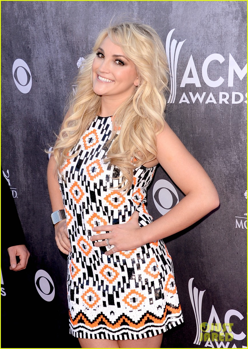 jamie lynn spears new hubby jamie watson are picture perfect at acm awards 2014 103085719