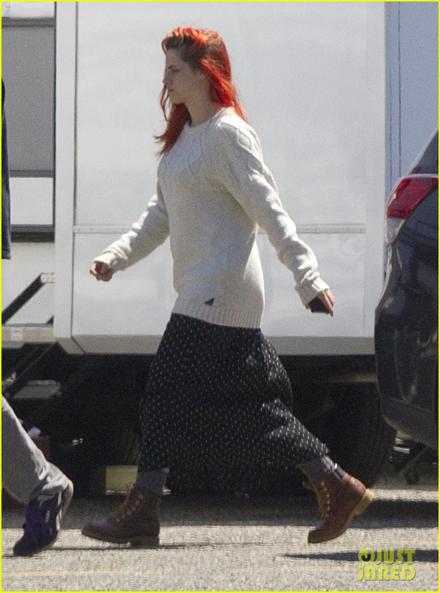kristen stewart fiery red hair american ultra set 033092841