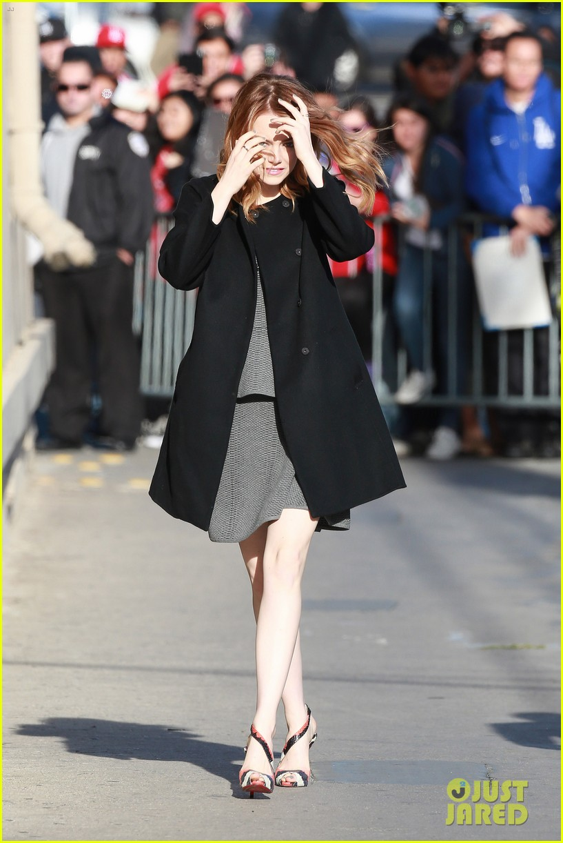 emma stone hair crazy wind gust 033084151