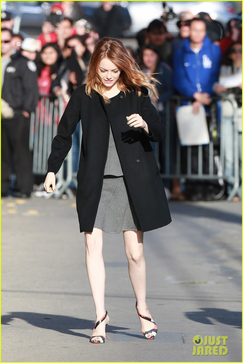 emma stone hair crazy wind gust 053084153