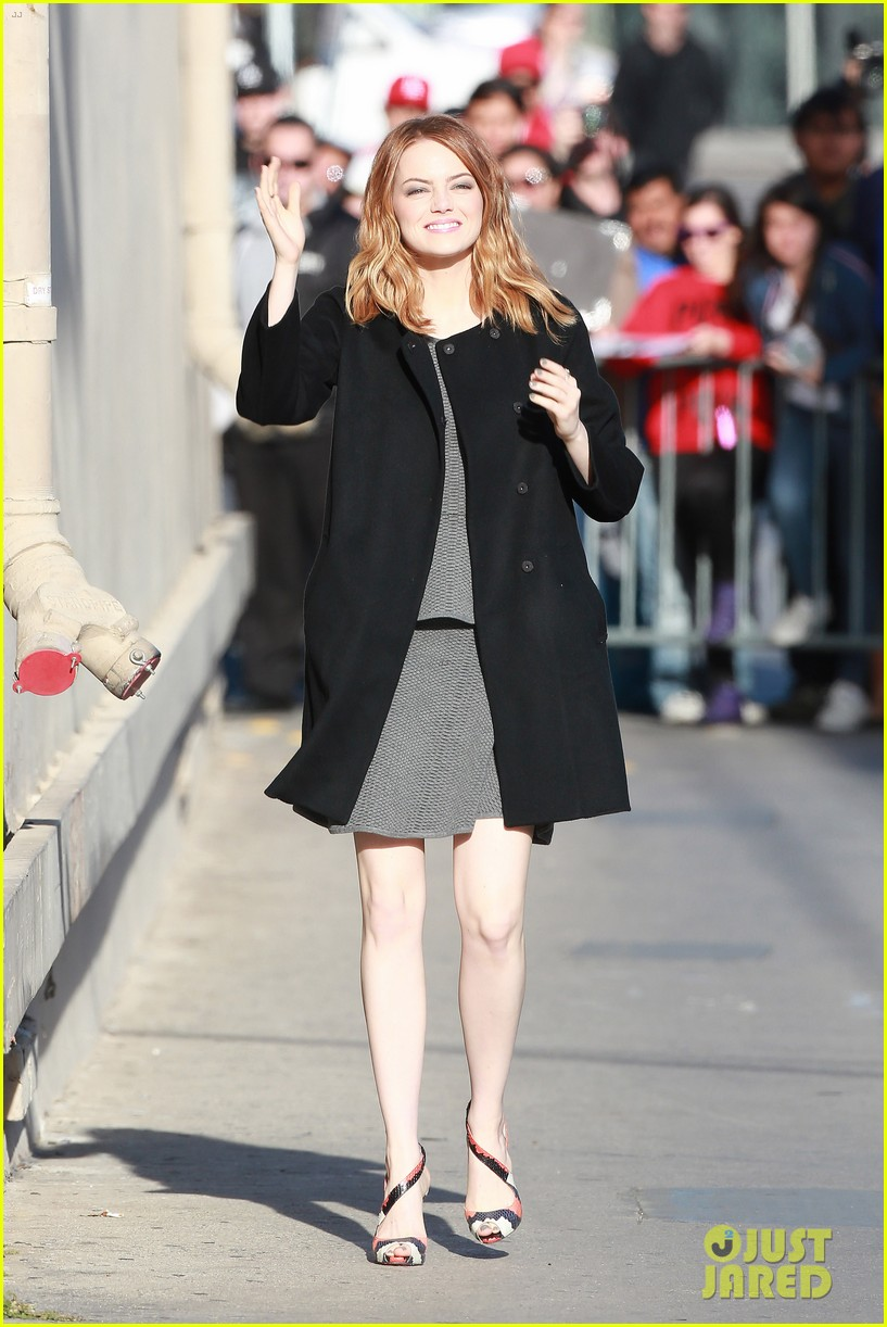 emma stone hair crazy wind gust 093084157