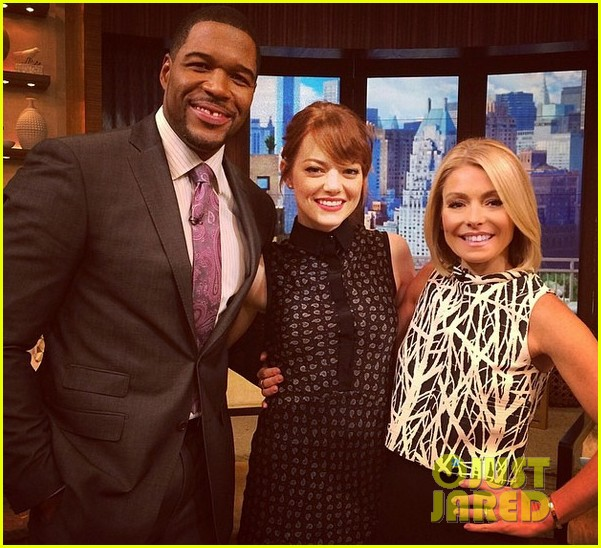 emma stone admits she loves andrew garfield on gma 023101588
