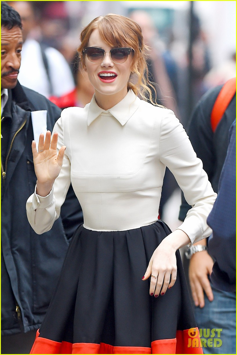 emma stone admits she loves andrew garfield on gma 063101592