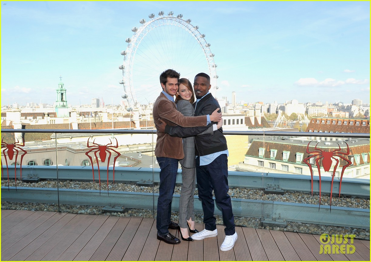 andrew garfield jamie foxx sandwhich emma stone at amazing spider man 2 london photo call 12