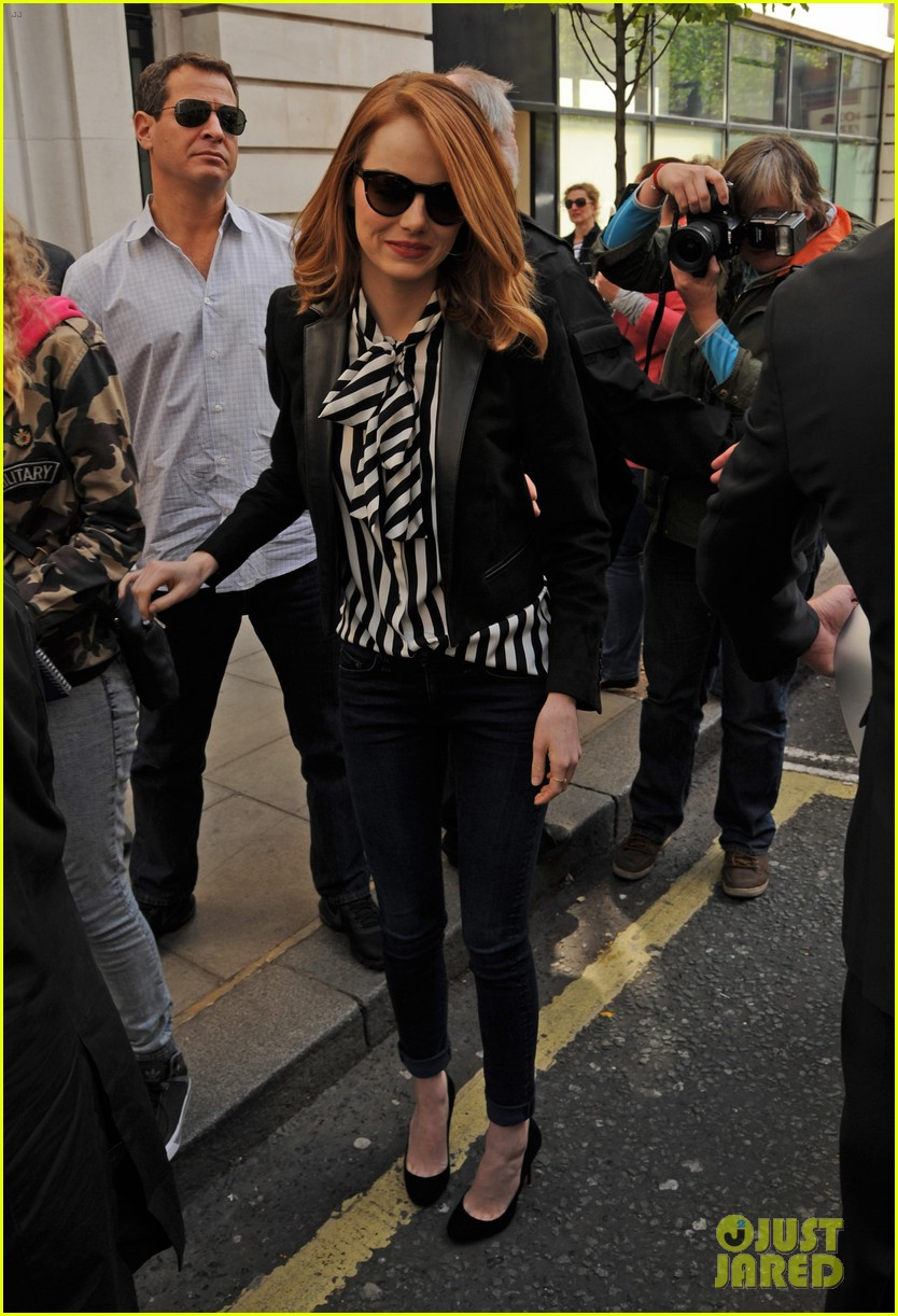 emma stone meets spoty spice freaks out 023088515