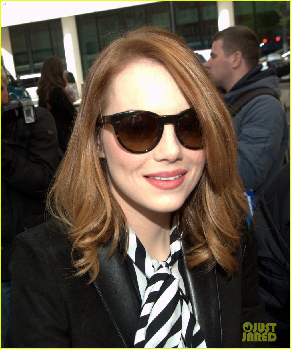 emma stone meets spoty spice freaks out 033088516