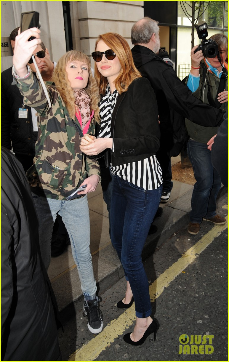 emma stone meets spoty spice freaks out 053088518