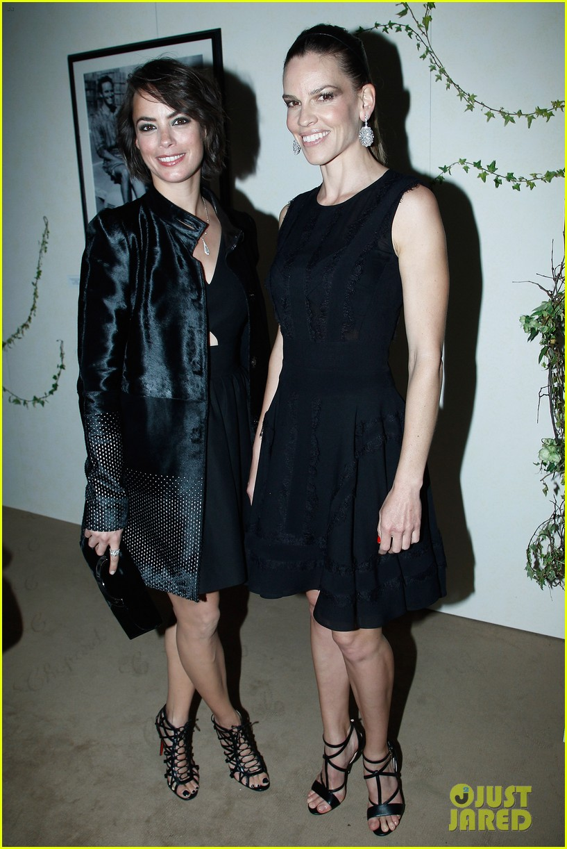 hilary swank joins berenice bejo at the chopard cocktail party 033088277