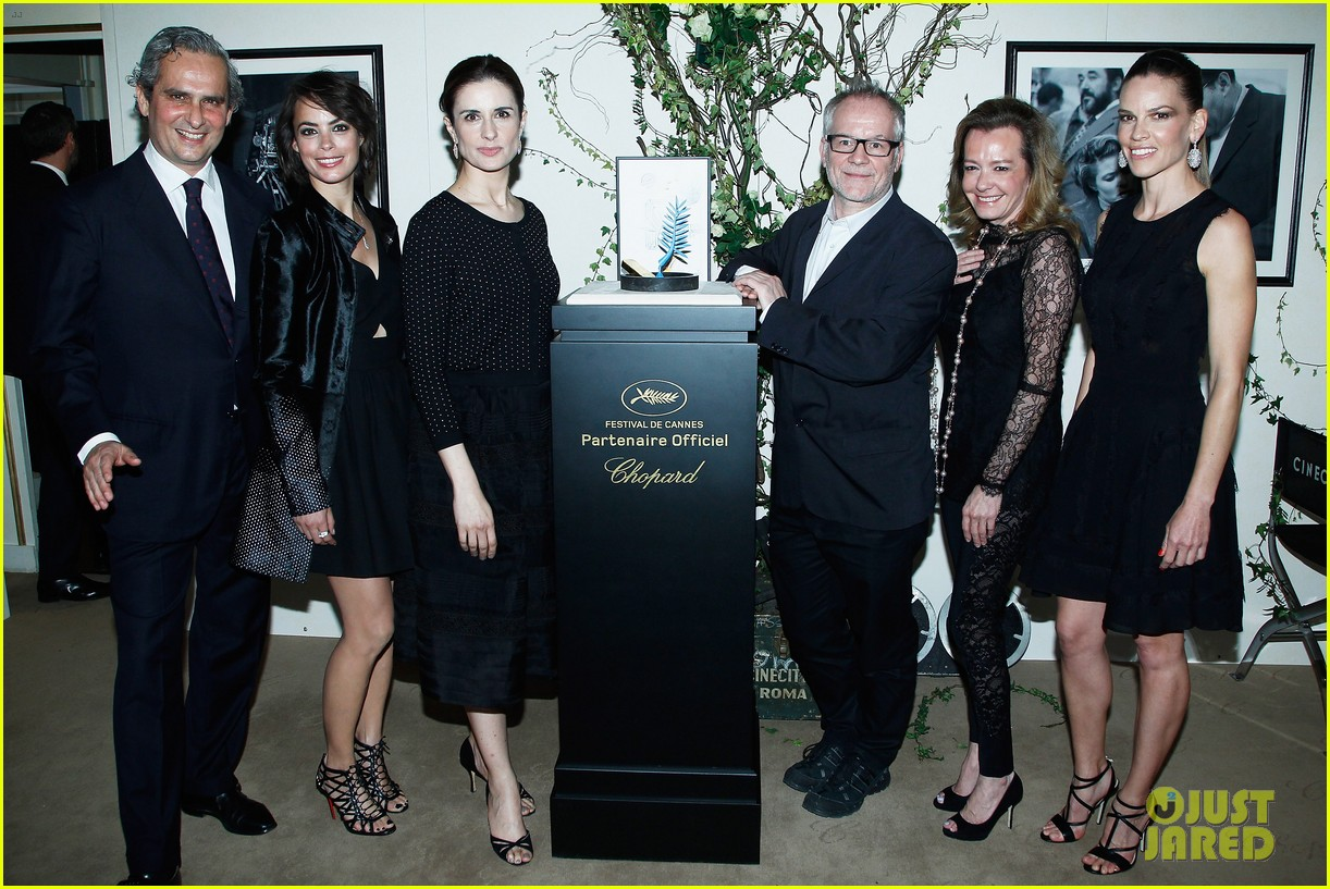 hilary swank joins berenice bejo at the chopard cocktail party 073088281
