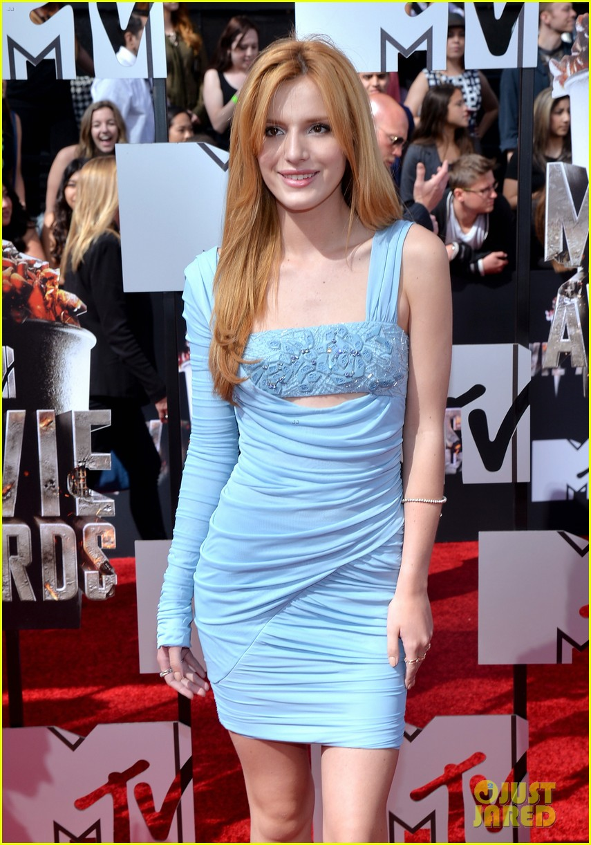 bella thorne zendaya mtv movie awards 2014 123091037