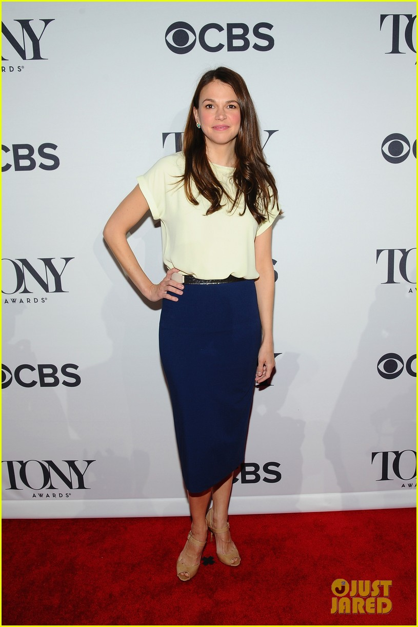 tony nominees celebrate meet the press at big reception 113102495