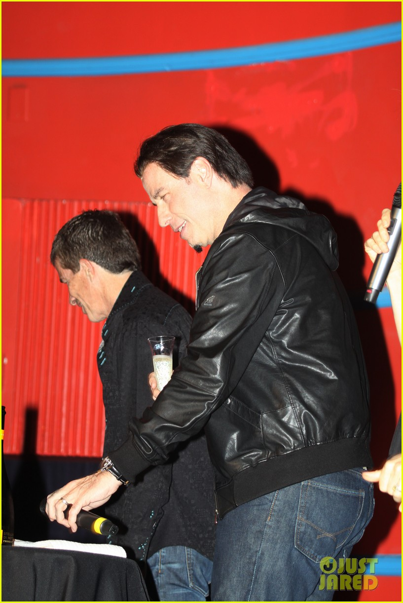 john travolta makes first official appearance since adele dazeem oscars flub 043084532