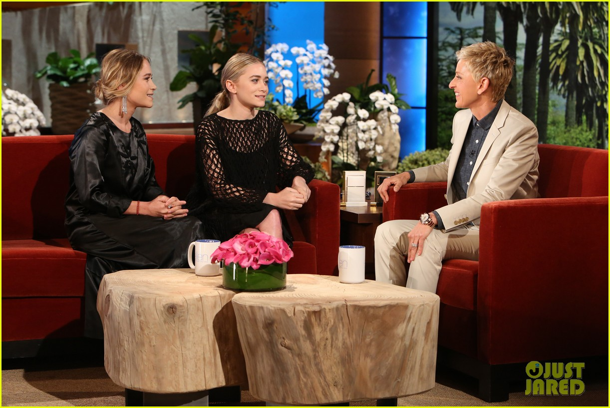 olsen twins play game of mary kate or ashley on ellen 01