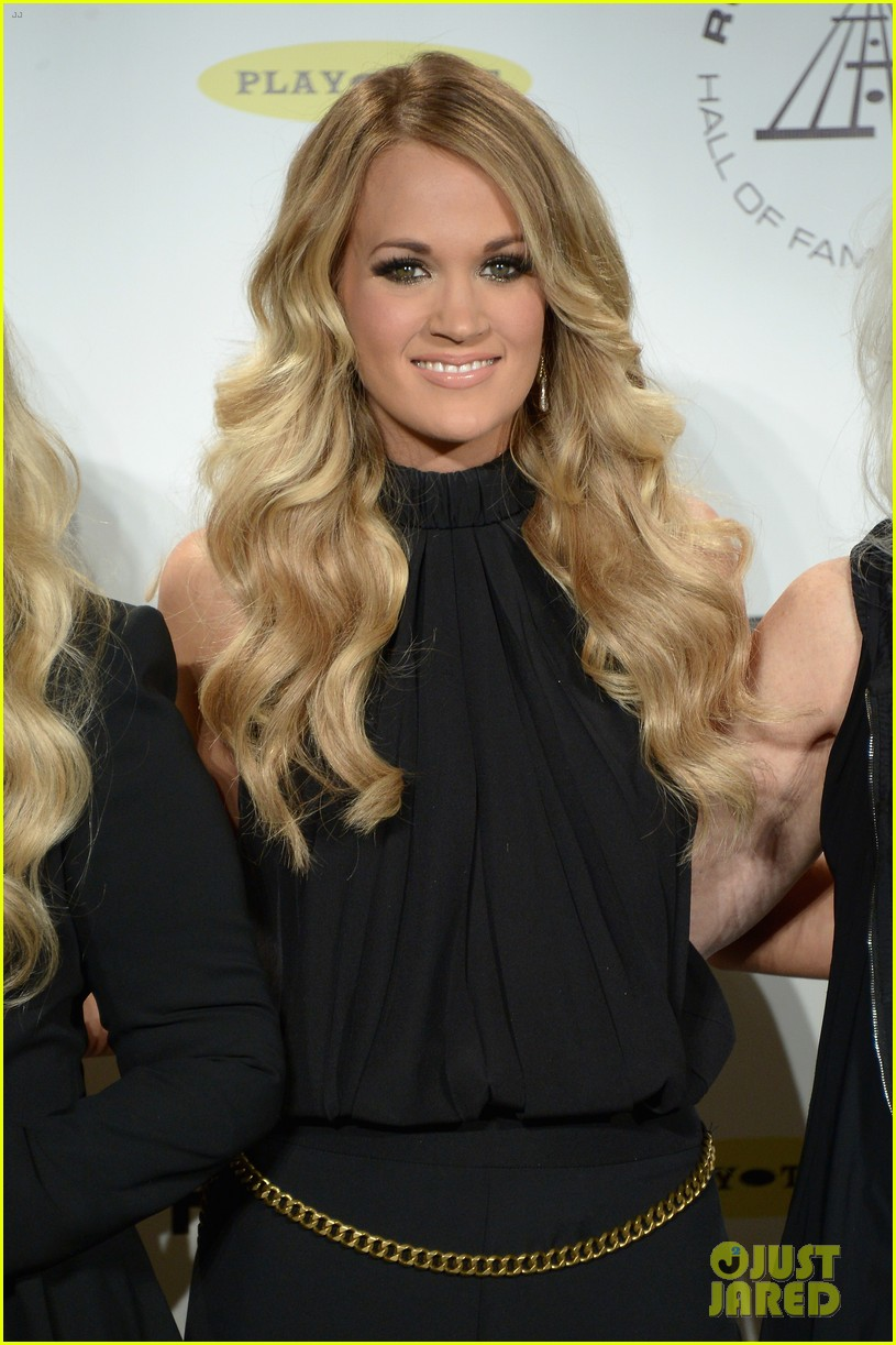 carrie underwood rock roll hall of fame induction 053088744